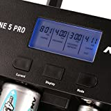 ANSMANN Powerline 5 Pro Akku Ladegerät für 1-4 AAA, AA, C, D NiMH/NiCd Akkus sowie 1 9V E-Block, USB-Port, Ladestrom einstellbar, Kapazitätsmessung, LCD + 4x Micro AAA 1100mAh Akkus - 9